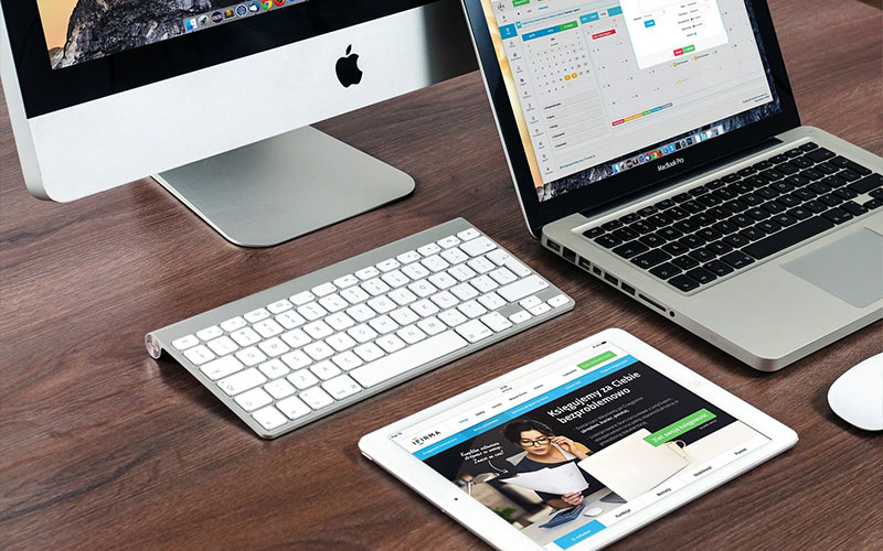 Should You Get a MacBook or an iPad? Here's How to Decide
